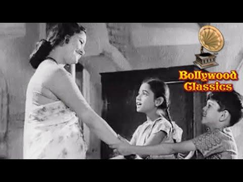 Video Saat Samundar Paar Se Gudiyo Ke Bazaar Se - Lata Mangeshkar Songs - Laxmikant Pyarelal Hit Songs download in MP3, 3GP, MP4, WEBM, AVI, FLV January 2017
