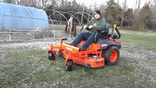 8. Kubota Z724 Zero Turn Lawn Mower