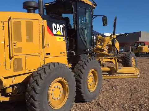 CATERPILLAR RÓWNIARKI SAMOBIEŻNE 12M2AWD equipment video KeYccmzQDDM