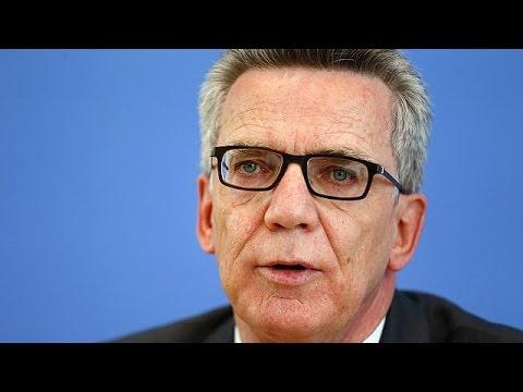 Η Γερμανία «στόχος διεθνών τρομοκρατών», προειδοποιεί ο υπουργός Εσωτερικών