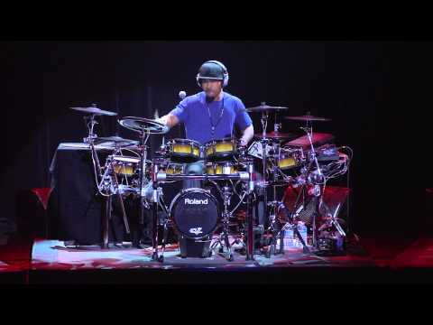 Drums - Special guest performer, Tony Royster Jr., wows the crowd on the Roland TD-30KV V-Drums Kit at Montreal Drum Fest!