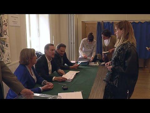 Γαλλία: Αναποφάσιστοι ακόμα και πάνω από την κάλπη