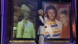 Tammy Wynette- INDUCTION TO HALL OF FAME