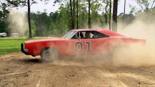 Video John Schneider aka Bo Duke jumps the General Lee 1st time ever MP3, 3GP, MP4, WEBM, AVI, FLV Februari 2019