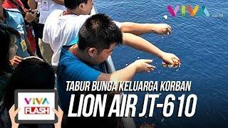 Video Isak Tangis Keluarga Korban Pecah Saat Tabur Bunga Korban Lion Air JT610 di Perairan Karawang MP3, 3GP, MP4, WEBM, AVI, FLV November 2018