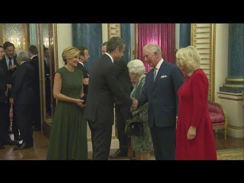 Ο Κυριάκος Μητσοτάκης με τη Βασίλισσα Ελισάβετ