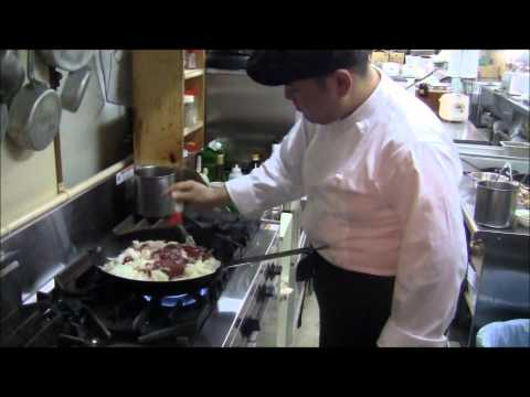 [Culinary] Japanese Omuraisu or Omelet Rice [3:03]