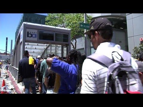 Huge crowds cause huge backups after Warriors parade in Oakland