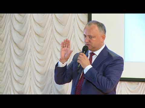 Moldovan president visits State University from Sochi