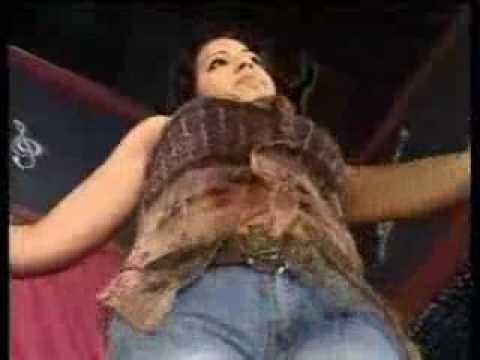 المؤخرات - Guetari fait danser les filles du Maroc ___ brothel in France قطاري يحرك مؤخرات أحلى الحلوات.