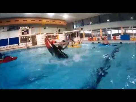 Cartwheel / lean clean  – Flatwater kayak freestyle