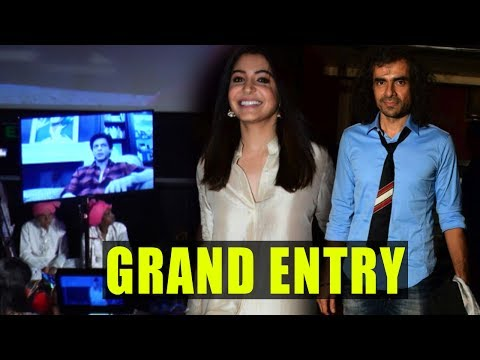Shah Rukh Khan, Anushka Sharma's GRAND Entry At Ja