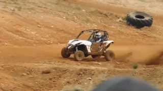 6. Can Am Maverick 1000r vs Can Am Maverick xds