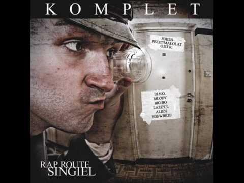 Tekst piosenki Fokus Małolat OSTR Pezet - Komplet po polsku