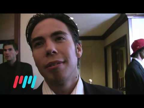 Apolo Ohno - http://blog.playmakermobile.com.