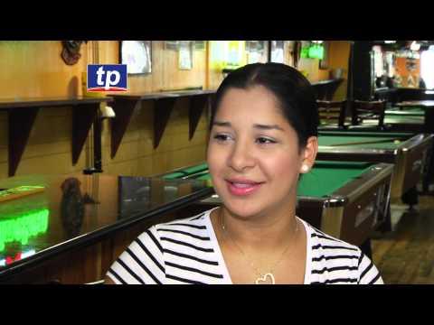 Hondureños con restaurante La Palapa