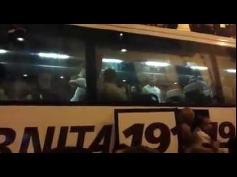 i festeggiamenti dell'autobus granata al centro di salerno (via roma)