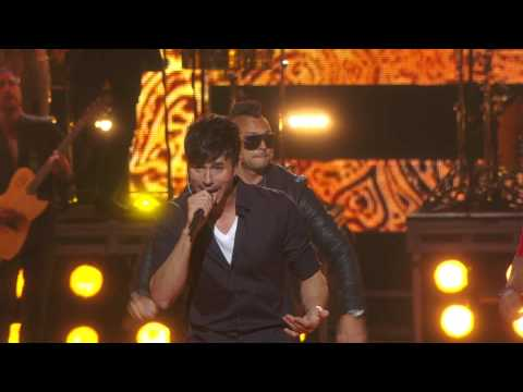 Video Enrique Iglesias -  Bailando Live at Fashion Rocks 2014 HD download in MP3, 3GP, MP4, WEBM, AVI, FLV January 2017