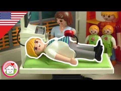Playmobil English A Boy or a Girl? - The Hauser Family - Playmobil hospital