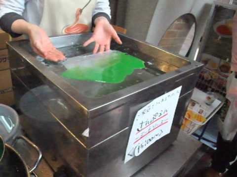 Making fake lettuce