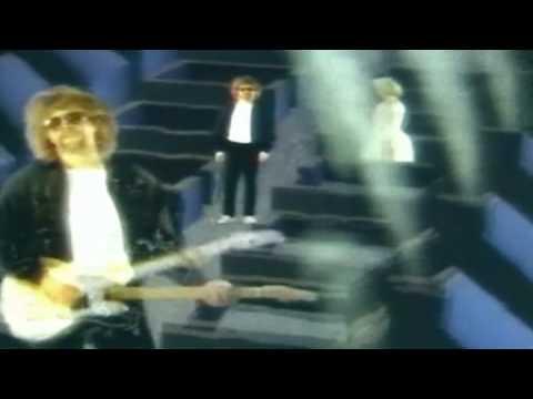 Tekst piosenki Jeff Lynne - Lift Me Up po polsku