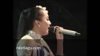 Bojo Biduan Elsa Safira - New Bintang Yenila Video