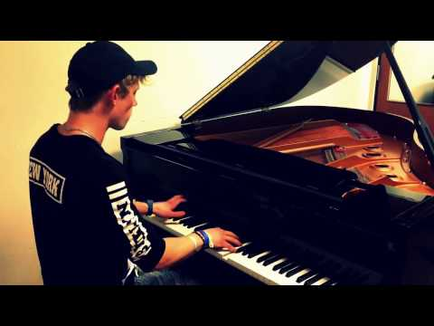 Free Smoke - Piano Instrumental Cover