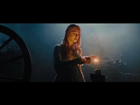 Maleficent 2014 Aurora death scene (9/10)