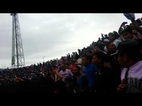 Juventud rosada yo rosado soy - Barra Popular Juventud Rosada - Sport Boys