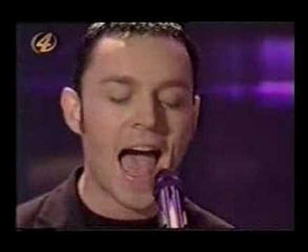Madly - Savage Garden singing Truly Madly Deeply 1998...Daniel is MIA.