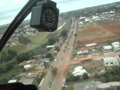 Adalberto Medeiros e Luis Eduardo de Helecóptero em Tupanciretã Imagem 008.MOV