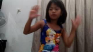 Shan jihan ramadanie kelas 1A SDN TELUK NAGA 1 senam pgri