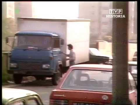 PRL 1984 Ostrołęka. Pijaństwo w pracy. Sklep monopolowy
