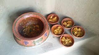 Chicken Handi ❤ Mitti Ki Handi ❤ Grandma's Style ❤ Village Style ❤ Village Food SecretsThanks For Watching Like and Share Subscribe for more videos https://www.youtube.com/channel/UCQexaAjPn3-1MCE4DmBK3Tg