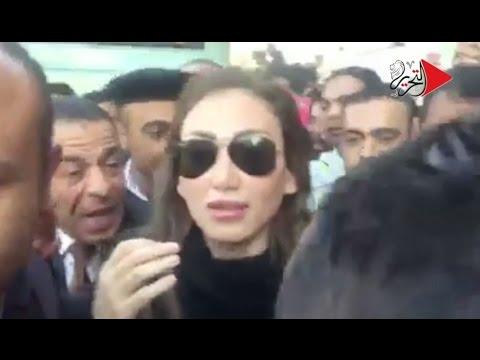 #التحرير-|-محاولة-للتعدي-على-ريهام-سعيد-وطردها-من-الكاتدرائية