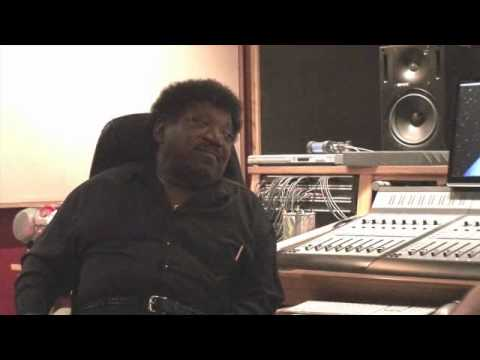 Percy Sledge - Percy Sledge being interviewed by Maxwell Russell about his visit to the Muscle Shoals to record 2 New CD's at the Nutt House Recording Studio.