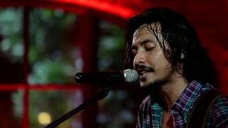 Ello - Anugrah Terindah Yang Pernah Kumiliki (Sheila On 7 Cover) (Live at Music Everywhere) **