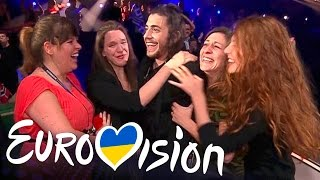 Video Portugal win Eurovision for the first time - Eurovision 2017: Grand Final - BBC One MP3, 3GP, MP4, WEBM, AVI, FLV Oktober 2017