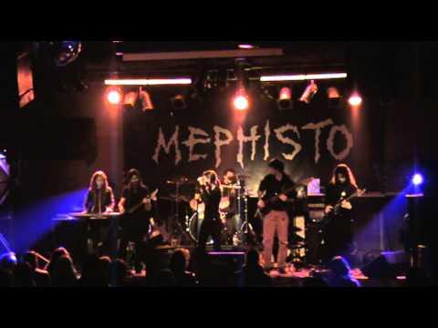 Pareidolian - Tránsito de Agonía live MEPHISTO