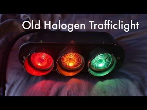 Vintage Vialis Halogen Trafficlight (1960-1980)
