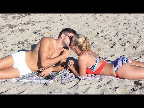 Kissing Prank - Kissing Girls At Mallorca Beaches