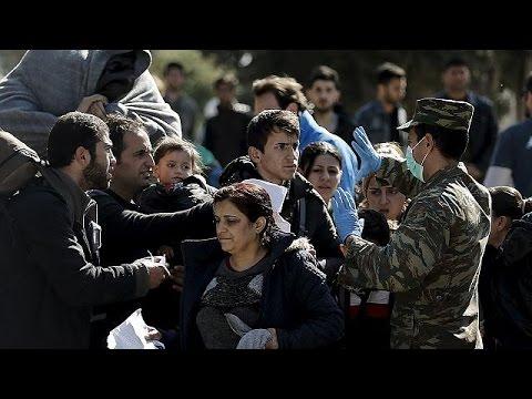 Ελλάδα: Αυξάνονται οι προσφυγικές ροές – Χιλιάδες εγκλωβισμένοι στην επικράτεια