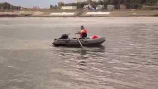 лодка лопается