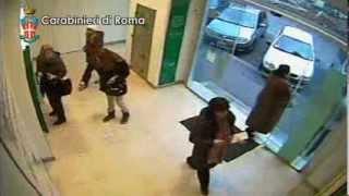 Rubano Italy  City new picture : LADRI IN AZIONE: ECCO COME TI RUBANO AL BANCOMAT -VIDEO SORVEGLIANZA
