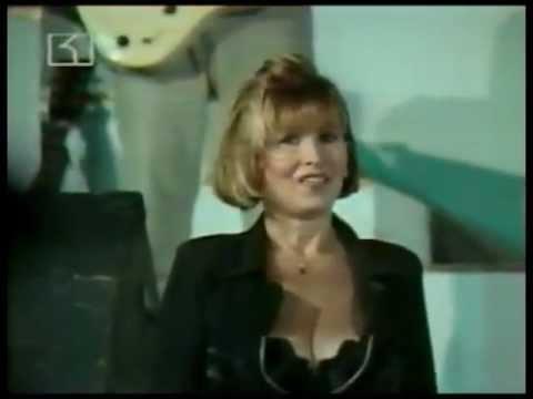 Video ЛИЛИ ИВАНОВА: ЗЛАТЕН ОРФЕЙ, 1996 (ЧАСТ 1) download in MP3, 3GP, MP4, WEBM, AVI, FLV January 2017