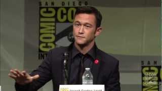 Nonton Looper  2012  Comic Con Panel Film Subtitle Indonesia Streaming Movie Download