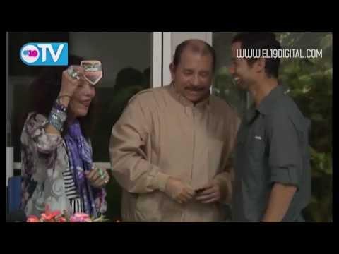 Daniel y Rosario reciben al explorador y cineasta Sam Cossman