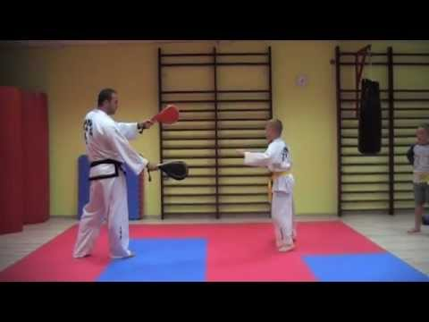 KIDS TRAINING TAEKWONDO - Fantastic Spinning Kicks And Excercises