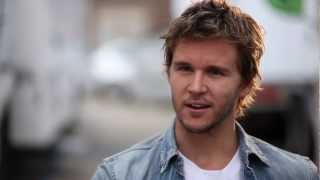 Nonton Ryan Kwanten Talks  Not Suitable For Children  Film Subtitle Indonesia Streaming Movie Download