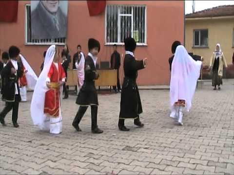 Kafkas Dans Gösterisi 23 Nİsan (Kütahya/Simav- Öreğler İlköğretim Okulu)